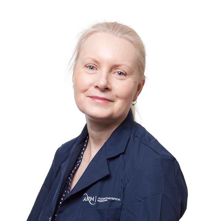 Dr Narelle Brown