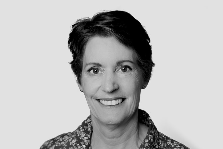 Dr Sarah Webb